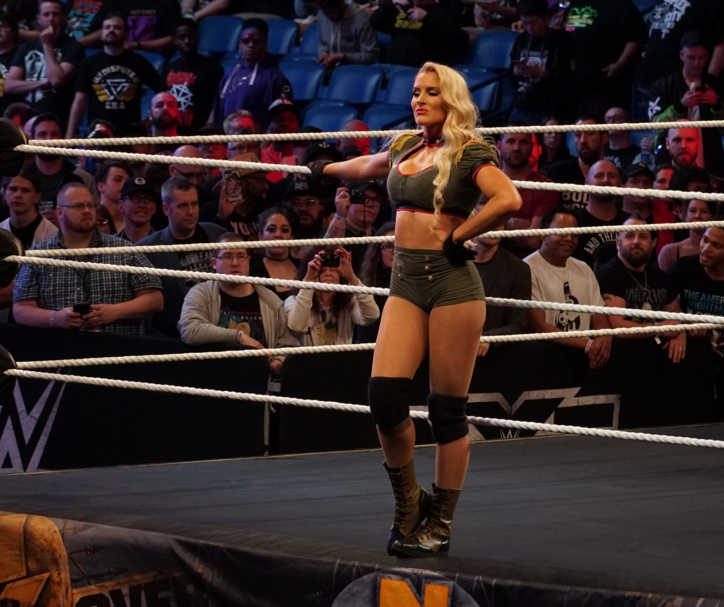 Lacey_Evans_NXT_TakeOver-_New_Orleans