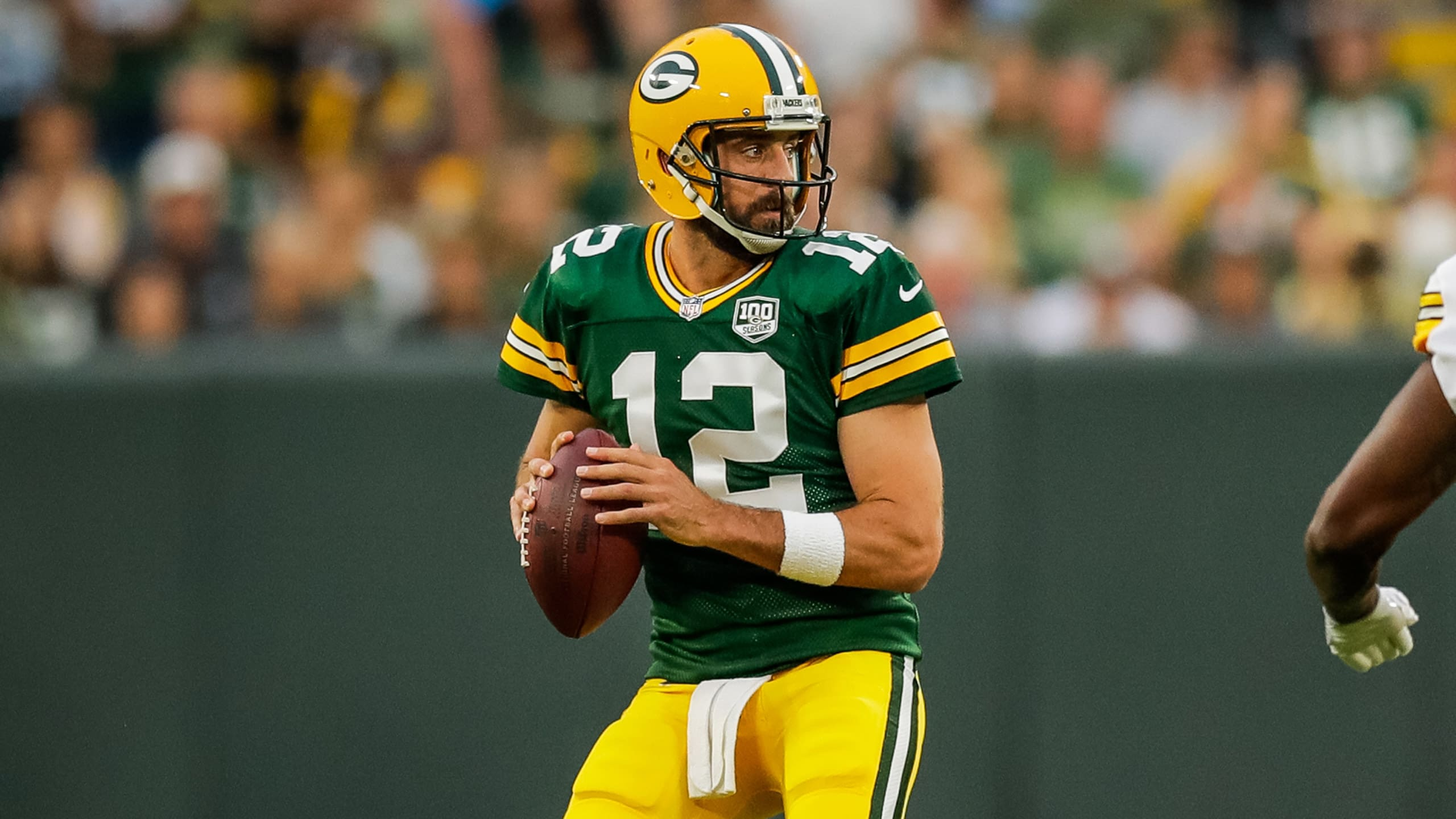 Aaron Rodgers pass
